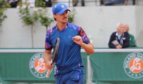 Молчанов стал победителем челленджера в Казахстане