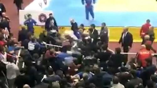ВИДЕО. Дети гор. В Дагестане турнир по дзюдо завершился массовым побоищем