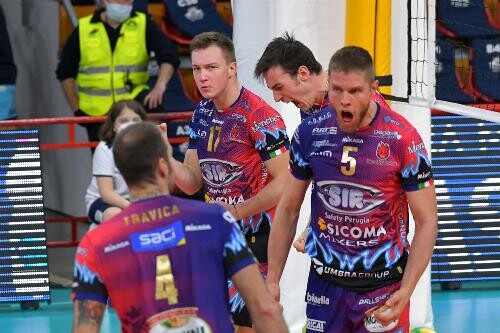 Олег Плотницький разом із Перуджею вийшов до півфіналу Ліги чемпіонів