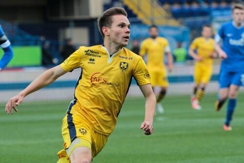Горняк-Спорт подписал двух полузащитников Металла и форварда Волыни