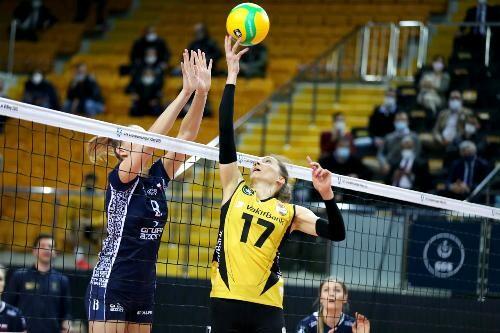 В женской волейбольной Лиге чемпионов определены полуфиналисты