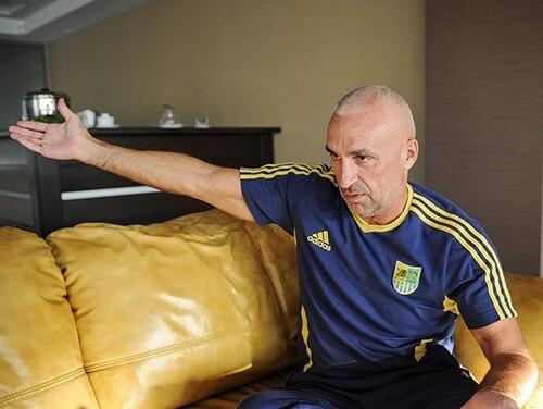 ЯРОСЛАВСКИЙ: «Курченко мне разрезал сердце, порезав ковер с эмблемой клуба»