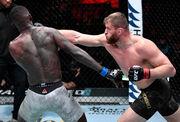 ФОТО. Найкращі удари UFC 259. Блахович, Адесанья, Ян, Нуньєс, Махачев