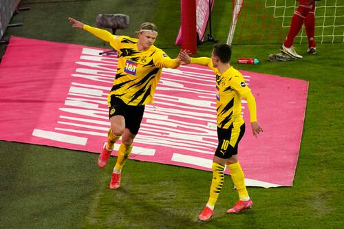 Холанд забил Баварии два мяча за 9 минут, Левандовски тоже ответил дублем