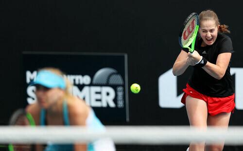 Людмила Киченок выиграла первый матч парного разряда в Дубае