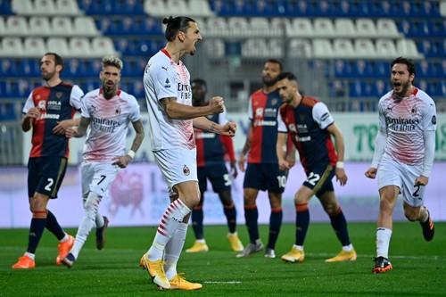 Дубль Златана! Милан победил Кальяри и укрепил лидерство в Серии A