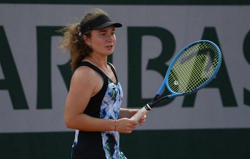 Снигур успешно стартовала на турнире ITF в ОАЭ
