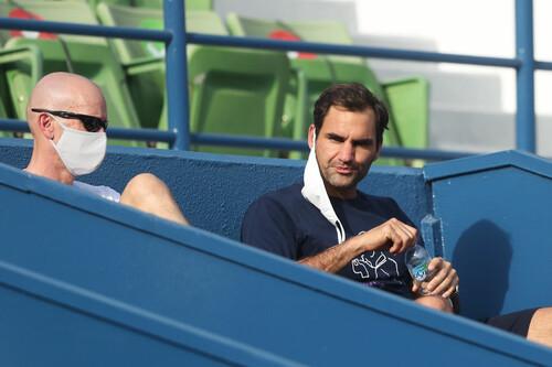 Роджер Федерер – Дэн Эванс. Смотреть онлайн. LIVE трансляция