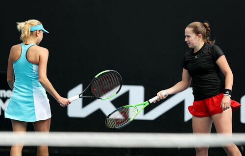 Людмила Киченок не смогла пробиться в полуфинал парного разряда в Дубае