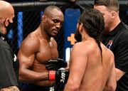 UFC проведет 24 апреля проведет первый турнир со зрителями на трибунах