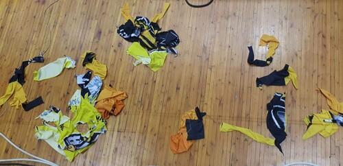 ВИДЕО. Фанаты Будивельника порезали банеры Киев-Баскета во время матча
