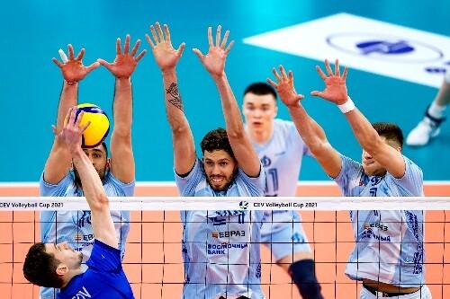 В мужском финале Кубка ЕКВ в первой игре победило Динамо