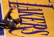 Леброн Джеймс увійшов до топ-20 за кількістю матчів в історії НБА