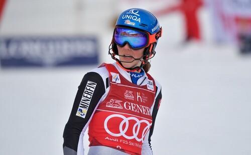 Гірські лижі. Влхова - володар Кубка світу, Лінсбергер виграла слалом