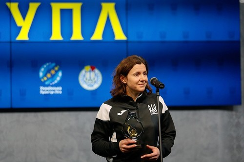 Монзуль з нагородою. Названі найкращі арбітри України за підсумками року