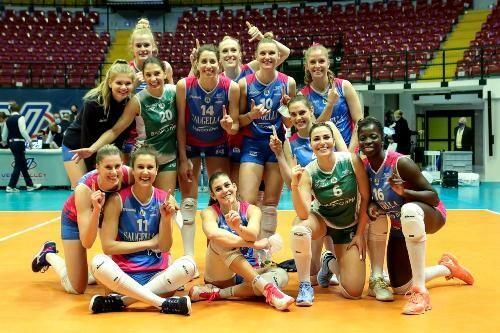 Женский волейбольный Кубок ЕКВ выиграла итальянская Саугелла