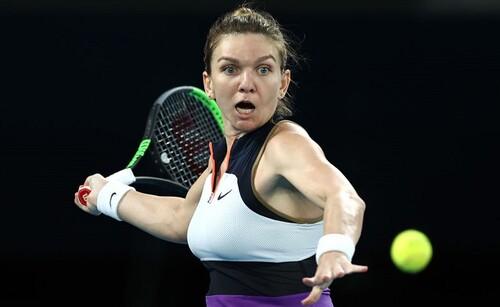 ВИДЕО. Звездная теннисистка поразила футбольными талантами