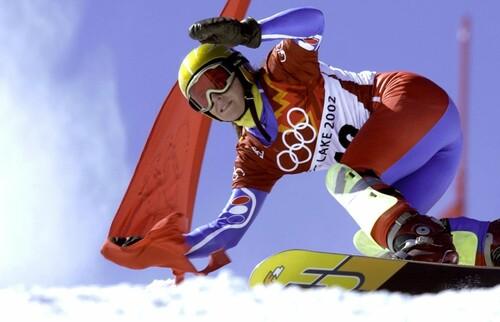 При сходе лавины погибла чемпионка мира по сноуборду