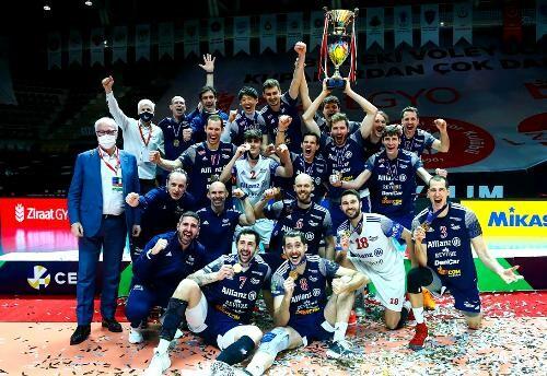 Итальянский Альянс выиграл мужской Кубок Вызова