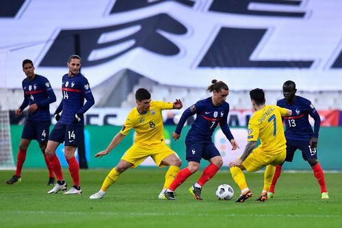 Сюрприз для чемпионов. Украина сенсационно отобрала очки у Франции
