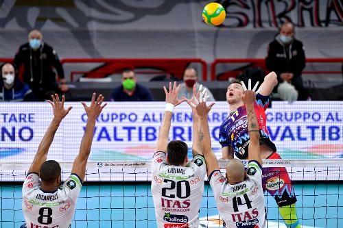 Плотницький разом з Перуджею не зміг пробитися до фіналу Ліги чемпіонів