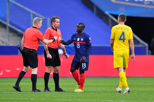 Лайнсмен извинился перед Шевченко за ошибку во время гола сборной Франции