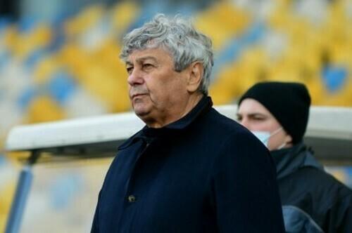 Луческу попросив замінити газон на тренувальному полі бази Динамо