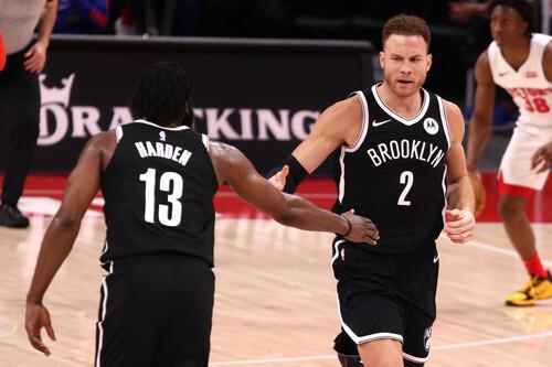 НБА. Бруклин победил Детройт, Харден набрал 44 очка