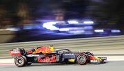 Поул Ферстаппена! Ред Булл бьет Мерседес в квалификации Гран-при Бахрейна