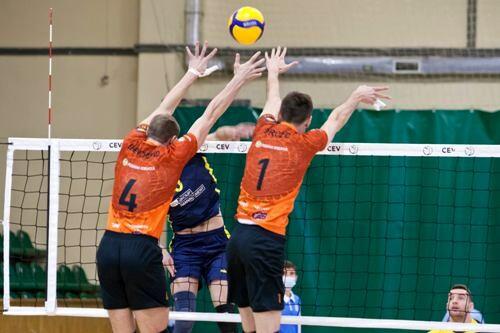 Барком и Подоляне выиграли вторые матчи полуфиналов мужской Суперлиги
