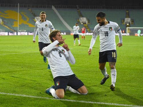 Белотти и Локателли принесли победу Италии над Болгарией