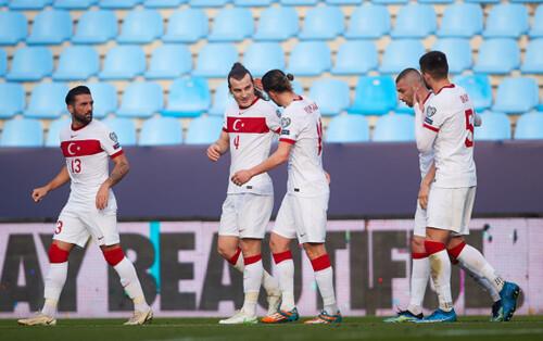 Отбор ЧМ-2022. Латвия удивила Турцию, 7 голов Нидерландов