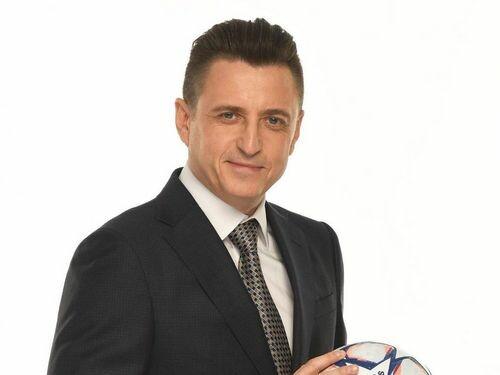 Александр ДЕНИСОВ: «Чего не хватало сборной Украины — кулака или пинка?»