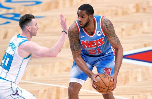 НБА. Бруклин побеждает в первом матче Олдриджа, Клипперс уступают Денверу