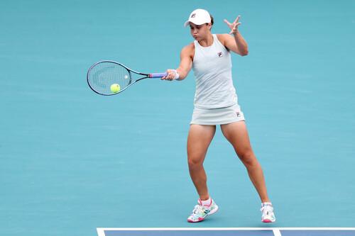 Барти защитила титул в Майами. Андрееску не смогла доиграть финал