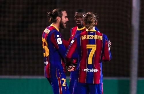 Не забили два пенальти! Барселона еле переиграла команду третьего дивизиона