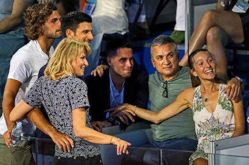Батько Джоковича: «Федерер - великий чемпіон, але він погана людина»