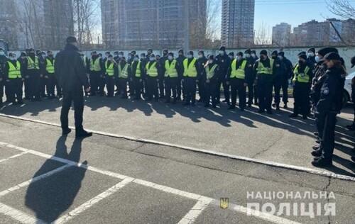«Наших берут как лучших». Зеленский рассказал о работе полиции на ЧМ-2022