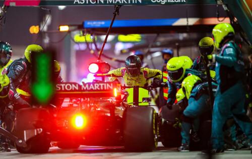 Новинки Формулы-1: спринтерские гонки и лимит на зарплаты пилотов