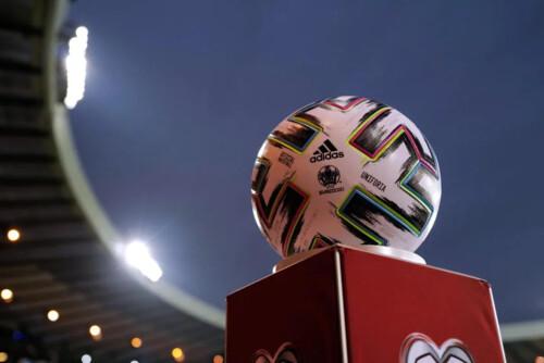 Евро-2020 пройдет со зрителями. Сколько болельщиков пустят на стадионы?