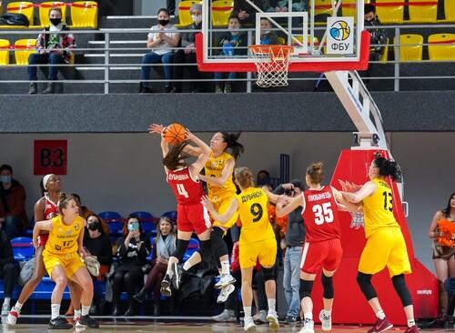 Прометей из Каменского стал чемпионом Украины по баскетболу среди женщин
