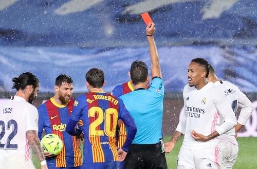 Под проливным дождем. Реал одолел Барселону в Эль-Классико