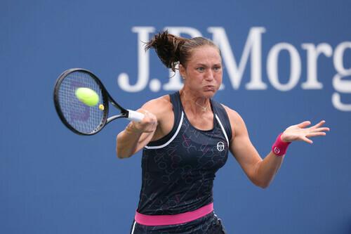 Бондаренко стартовала с победы в квалификации турнира в США