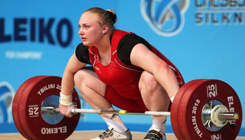 Лисенко принесла Україні ще три медалі на ЧЄ з важкої атлетики в Москві