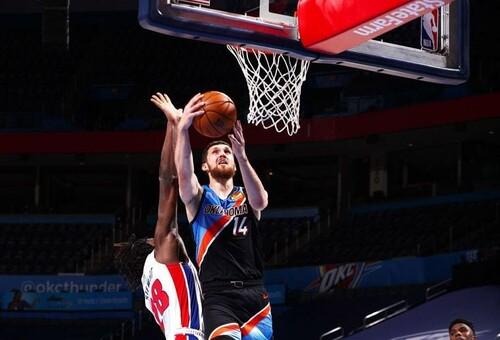 Михайлюк вышел на четвертое место по набранным очкам в НБА среди украинцев