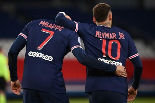 Дубль Мбаппе, гол Неймара. ПСЖ разгромил Монпелье в 100-м матче бразильца
