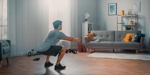 Простые и действенные упражнения для тренировки ног дома