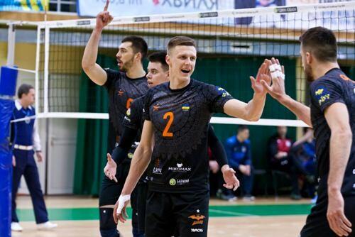 Львовский Барком-Кажаны - трехкратный чемпион Украины!