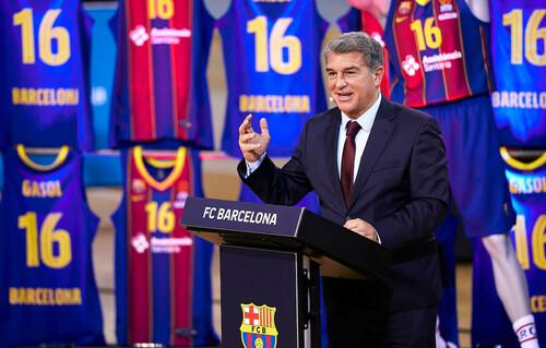 ЛАПОРТА: «Суперлига – это необходимость, но мы готовы к диалогу с УЕФА»