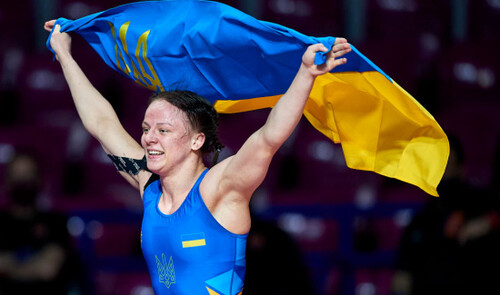 Золото и серебро. Украина добыла две медали на ЧЕ по борьбе